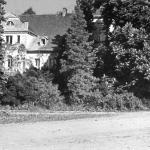Wojsłąwicki dwór od strony folwarku, około 1935 r.