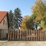 Brama główna do Arboretum w Wojsławicach 2009 r., HGN